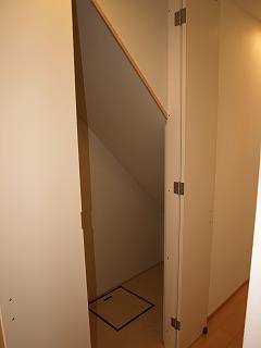 階段下収納1-1
